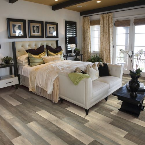 multi-colored laminate for bedroom floors